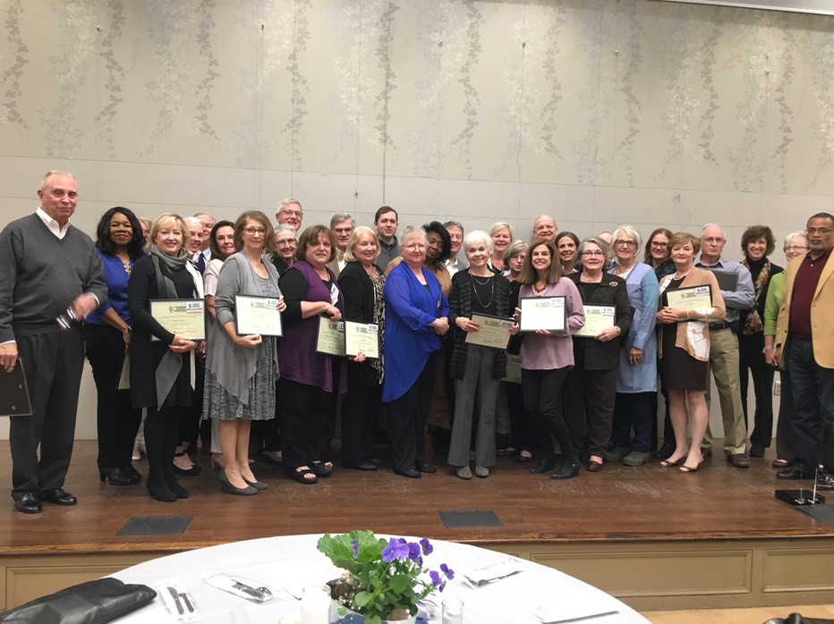 A picture of the 2017 graduates who are now Master Gardeners